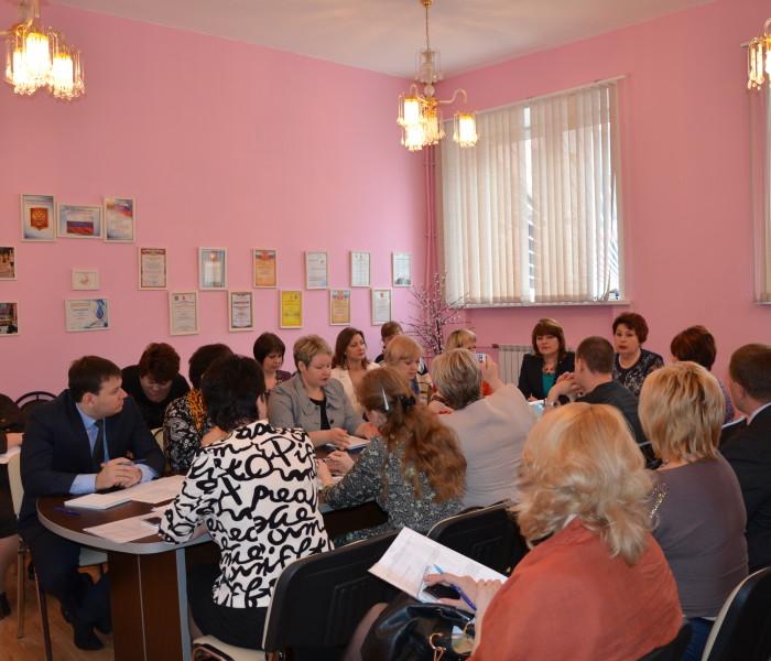 Круглый стол «Развитие форм местного самоуправления» (23.04.2015)