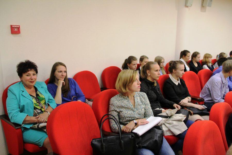 Презентация книги Н.А. Макарова «Опаленные войной улицы Тулы»