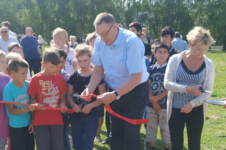 В селе Архангельское Ясногорского района  установили спортивную площадку
