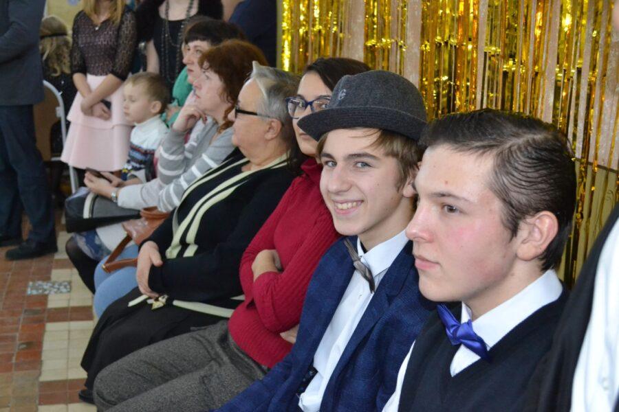 Зимний бал для талантливых старшеклассников в Ясногорском районе