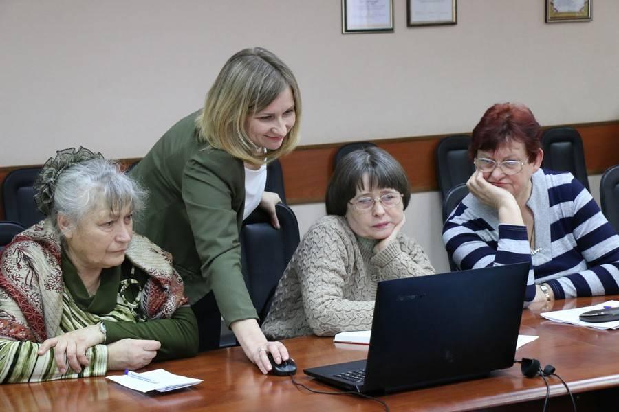 В г. Новомосковск состоялось совещание с председателями комитетов ТОС, сельскими старостами и активистами