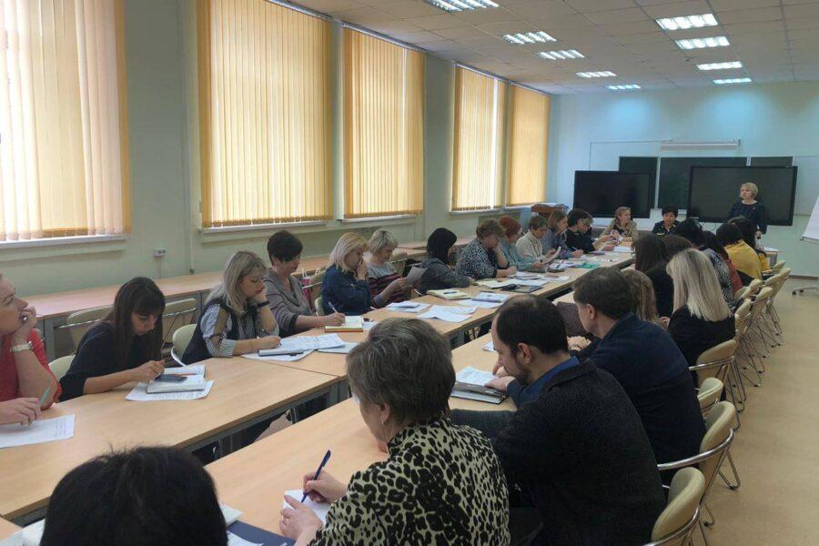 Ассоциация «Совет муниципальных образований Тульской области» провела совещание с муниципальными координаторами, курирующими деятельность сельских старост и органов территориальных общественных самоуправлений