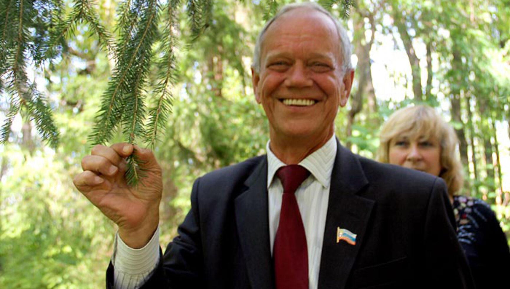 Поздравляем Шуваева Владимира Васильевича, главу муниципального образования Яснополянское Щекинский район, с юбилеем!