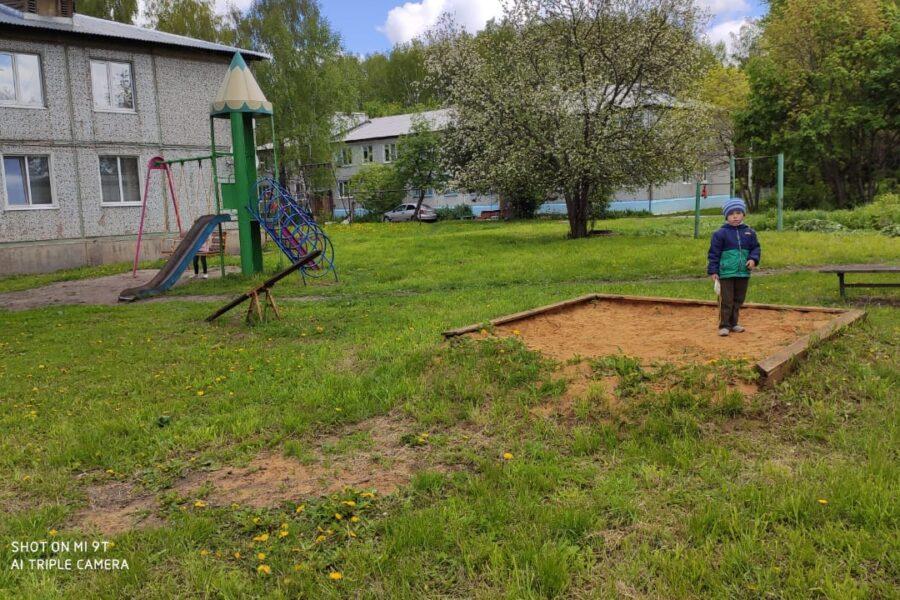 Инициатива старосты поселка Молочные Дворы в Плавском районе сделает односельчан более спортивными