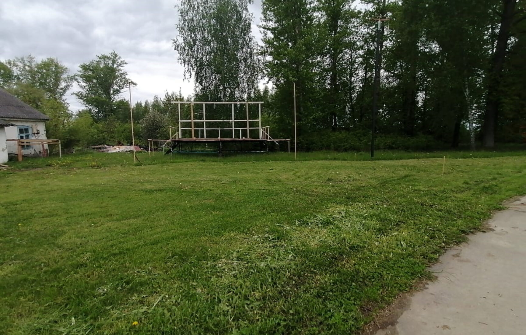 В поселке Товарковский Богородицкого района обустроят современный сценический комплекс