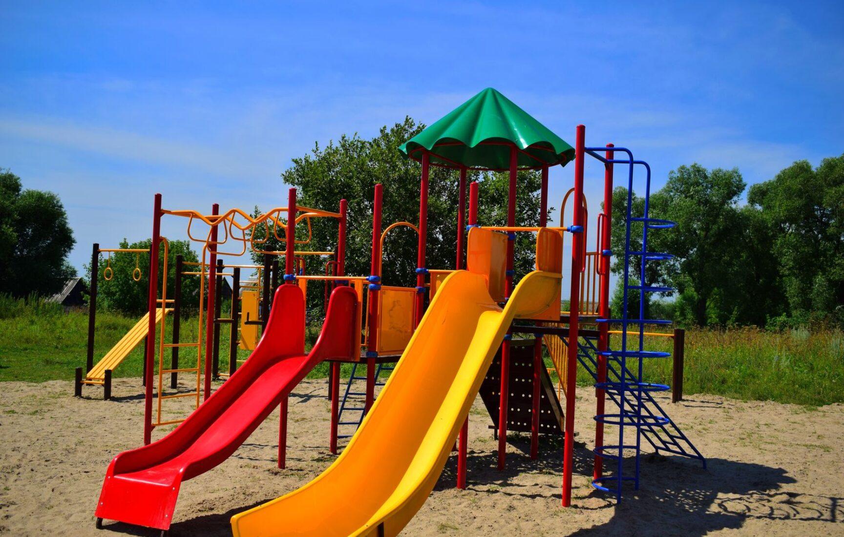 В селе Кулешово Суворовского района появилась зона отдыха «Радость детям – счастье всем»