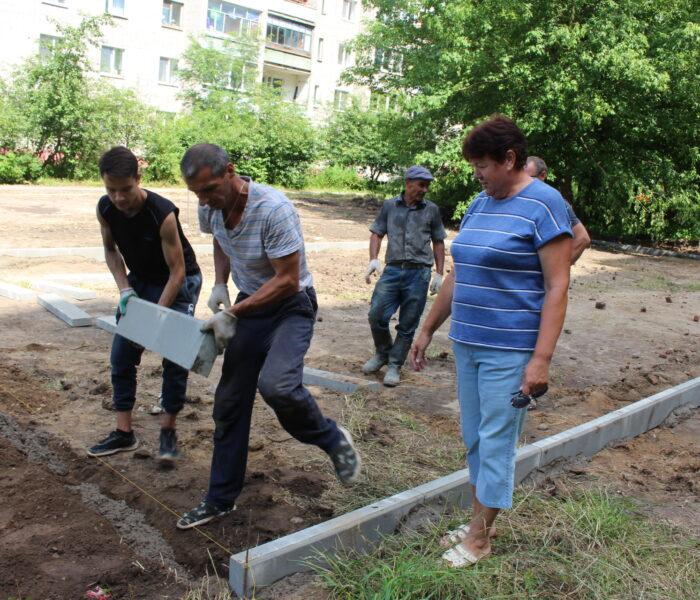 В алексинском микрорайоне «Бор» обустраивают новую площадку для активного отдыха