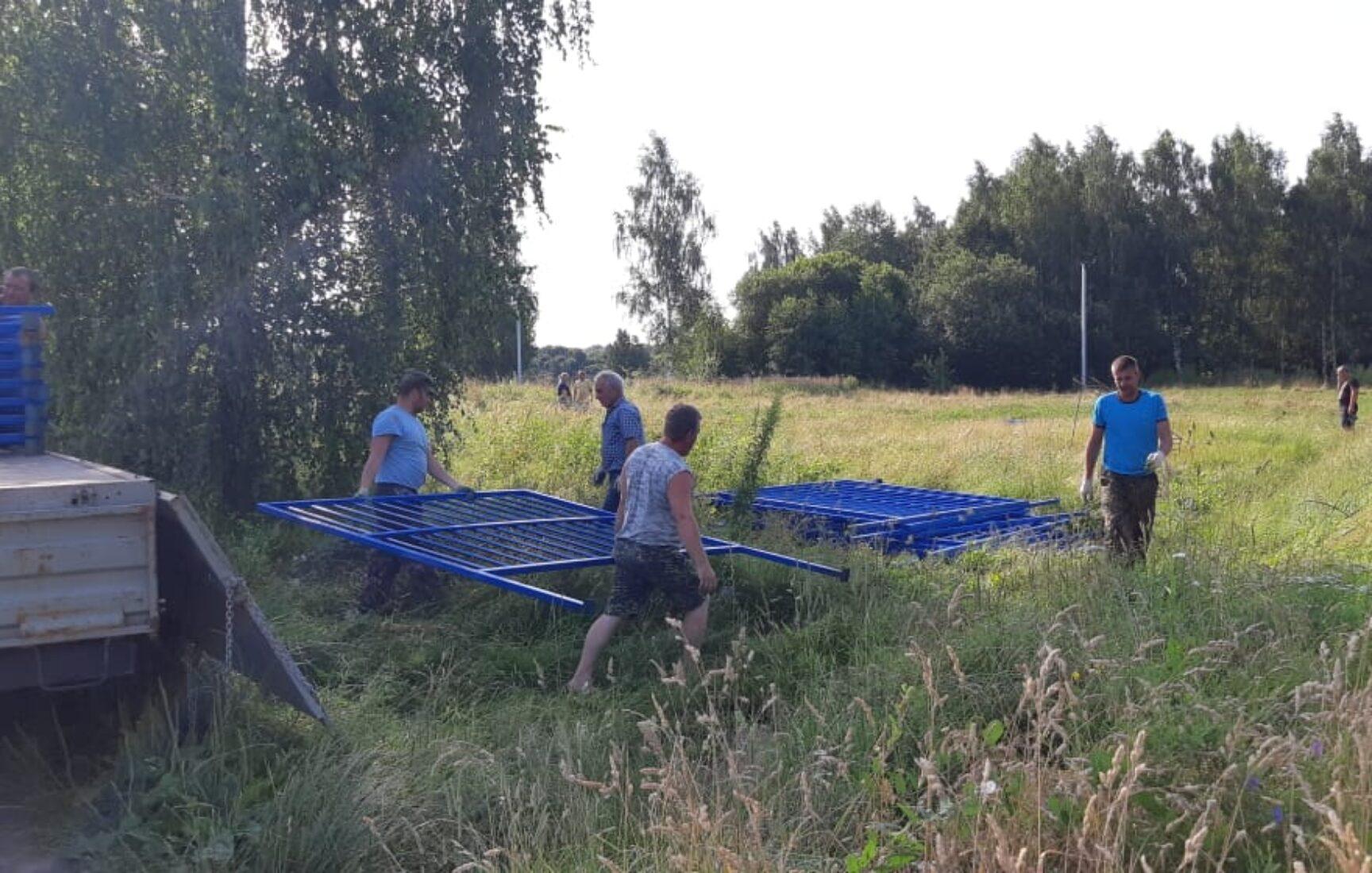 Стадион поселка Головеньковский станет безопасным и современным