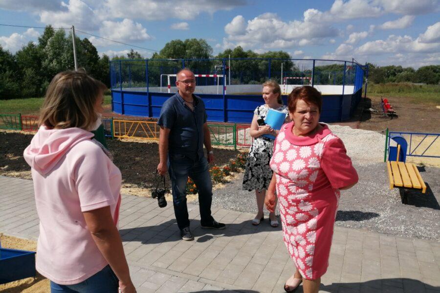 В посёлке Пронь Кимовского района благоустроена Аллея Памяти