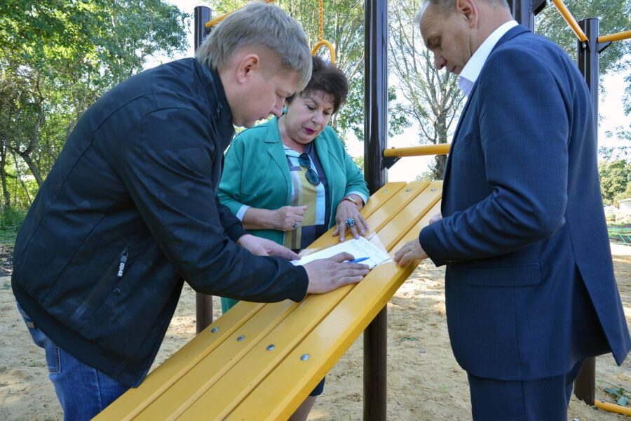 В ефремовской деревне Большие Медведкиобустроена площадка для активного отдыха детей