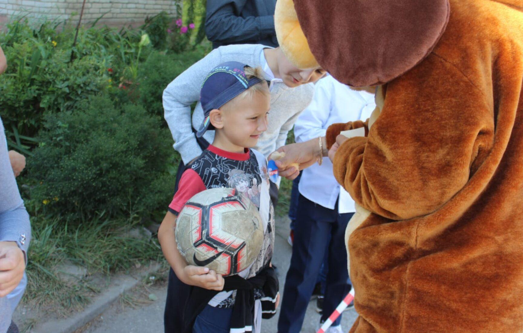 Жители села Ненашево будут заниматься спортом на современной тренажерной площадке